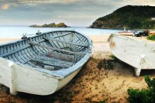 boat-beach-two-boats